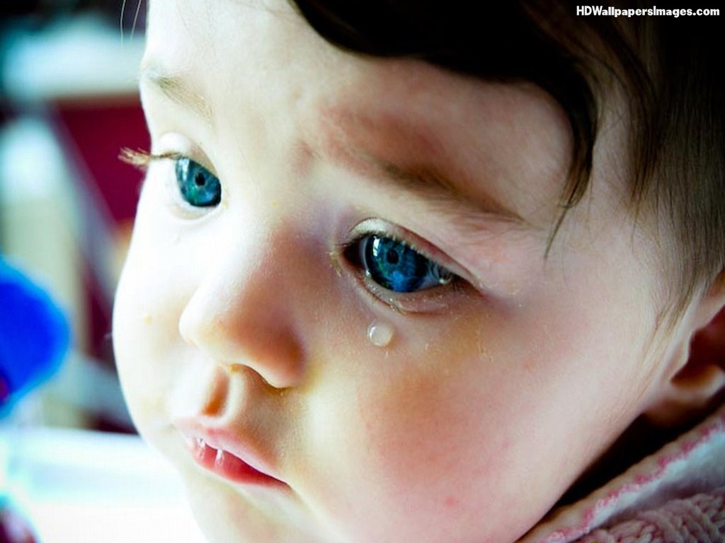 Cute-Little-Blue-Eyes-Baby-Girl-Crying-Images